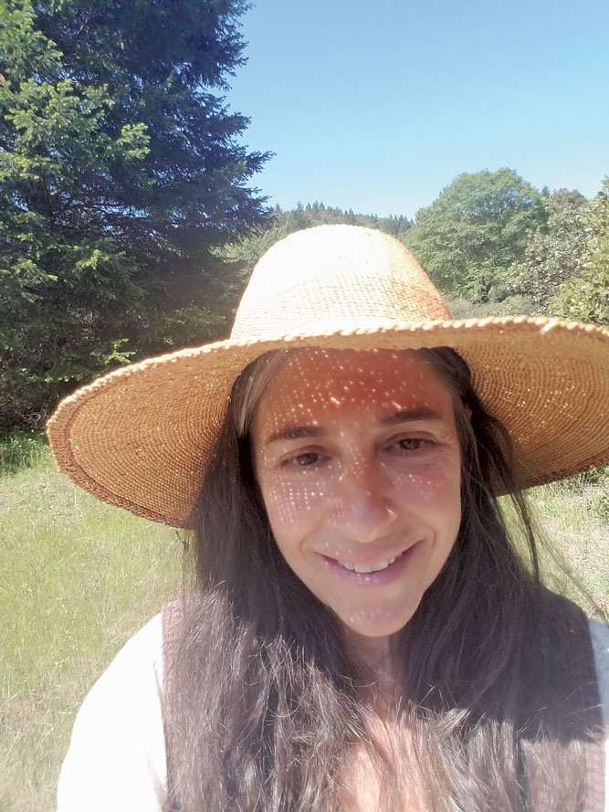 Headshot of author Traci Pellar